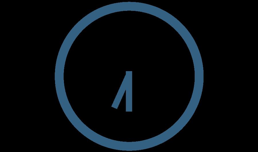 7emezzastudio grafica e web Logo di 7 e mezza. Orologio Blu stilizzato