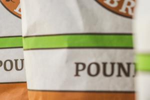 Una foto del packaging realizzato per Eagle Brand