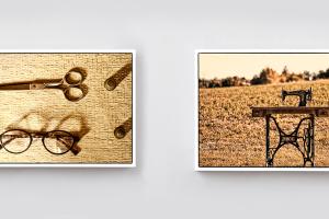 Oltre ai biglietti da visita, abbiamo realizzato il servizio fotografico, qui due foto effetto vintage. Vecchi oggetti per cucire e una macchina per cucire in un campo