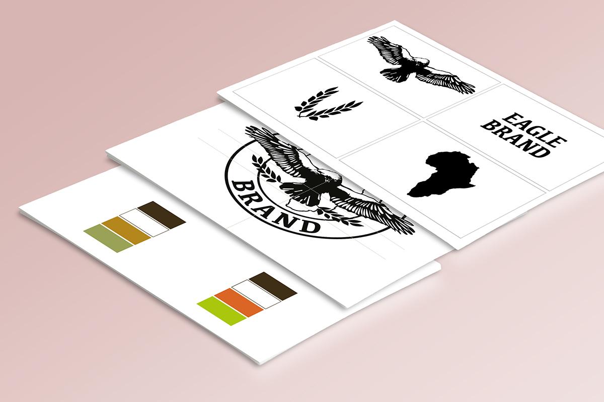 Prima del packaging, lo studio si è occupato della creazione del logo aziendale. Qui un esempio dell'evoluzione del logo