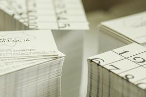 Oltre al sito internet aziendale, qui i Business cards scuderia donna lucia