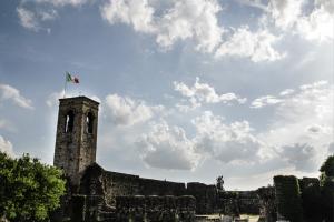 Foto paesaggistiche per Centro Benaco di Castiglione delle stiviere. Qui rappresentata la rocca di Cavriana